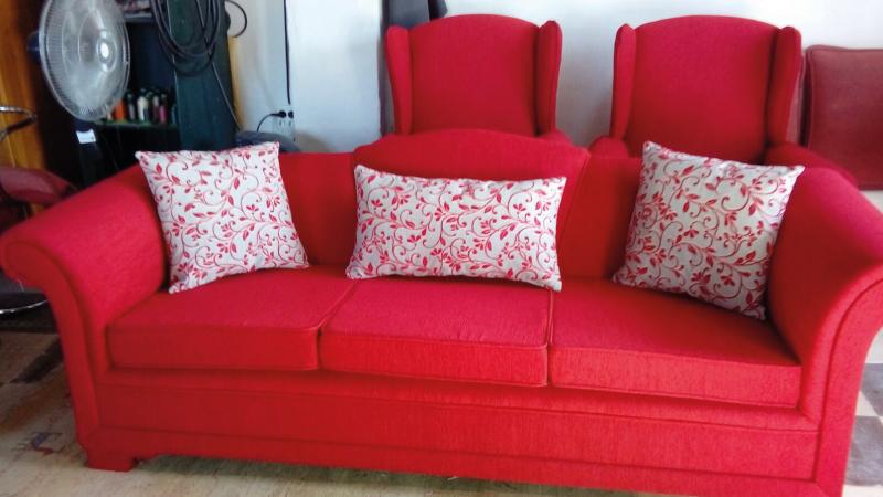 Tapizar sof sillas en almer a tapicer a torres - Materiales para tapizar ...
